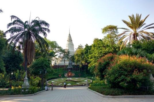 Wat Phnom Phnom Penh Cambodge blog voyage 14