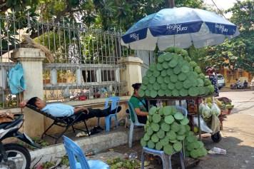 Sieste sport national Phnom Penh Cambodge blog voyage 22