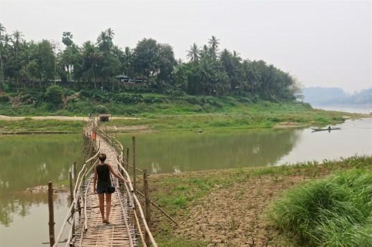 Pont bambou de Luang Prabang, bilan du laos blog de voyage