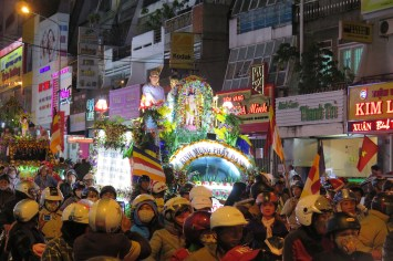 Char procession Dalat Vietnam blog voyage 2016 14