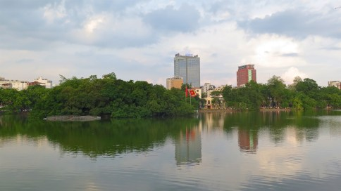 Lac Hoan Kiem Hanoi Vietnam blog voyage 2016 1
