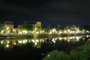 Ville de nuit Hoi An Vietnam blog voyage 2016 4