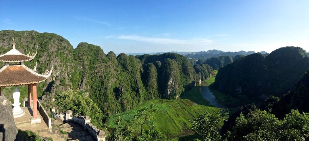 Temple dragon sommet Tam Coc Baie Halong terrestre Vietnam blog voyage 2016 17
