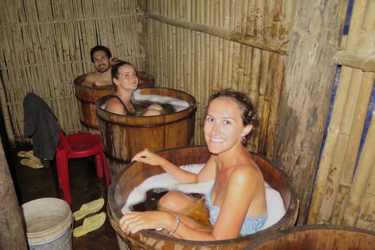 Bain aux herbes Trek Sapa Vietnam blog voyage 2016 22