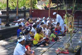 Prières en famille pour Kuningan
