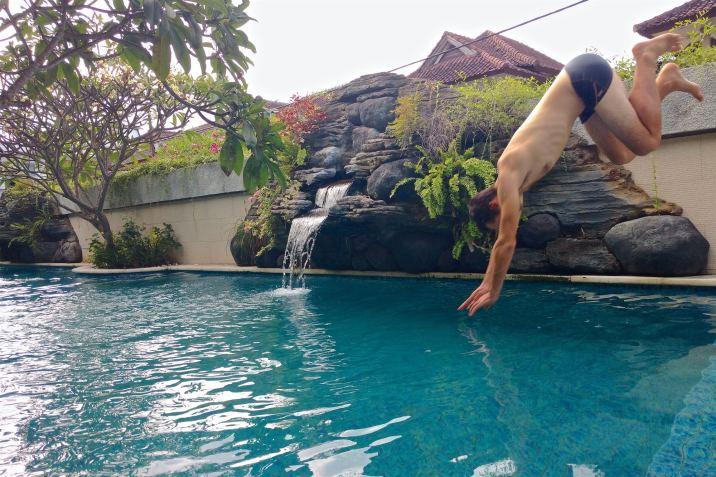 Piscine tanahlot-kuta-bali-indonesie-blog-voyage-2016-24
