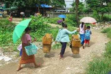 Gare Yangon-Myanmar-Birmanie-blog-voyage-2016 22