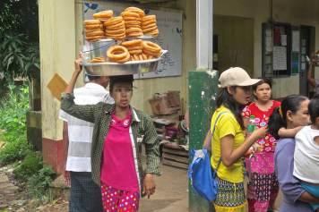 Beignets Yangon-Myanmar-Birmanie-blog-voyage-2016 27