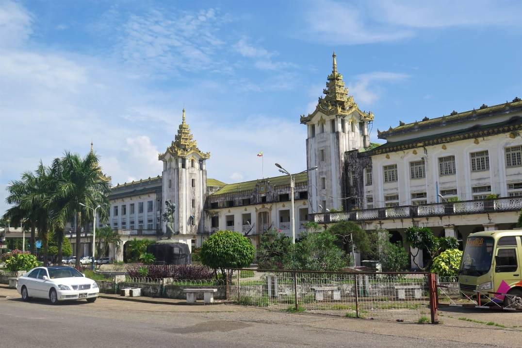 Gare de Yangon-Myanmar-Birmanie-blog-voyage-2016 34