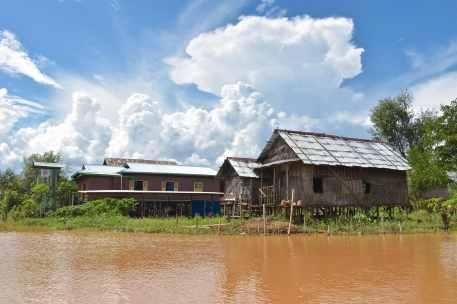 Maisons pilotis Lac-Inle-Myanmar-blog-voyage-2016 59