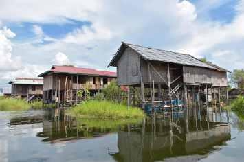 Village pilotis Lac-Inle-Myanmar-blog-voyage-2016 65