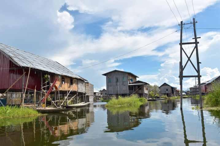 Village pilotis Lac-Inle-Myanmar-blog-voyage-2016 66