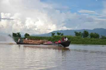 Cargo Lac-Inle-Myanmar-blog-voyage-2016 86