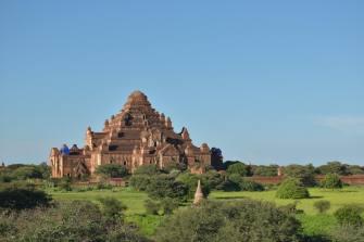 L'imposant temple Dhammayangyi, le plus grand du site