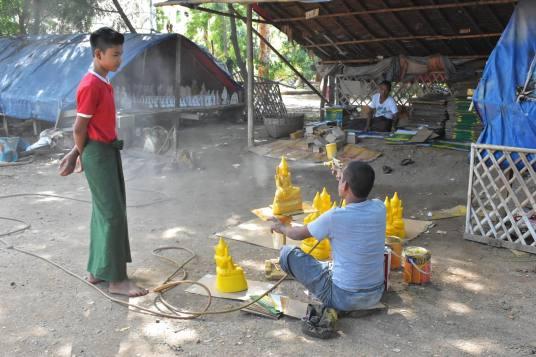 Fabrication bouddhas Decouverte-Bagan-Myanmar-Birmanie-blog-voyage-2016 5