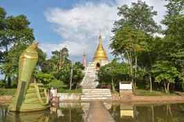Temple Hsipaw Myanmar blog voyage 2016 17