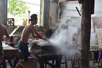 Fabrique nouilles Hsipaw Myanmar blog voyage 2016 8