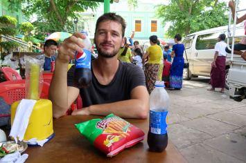 Dejeuner Mandalay-Sagaing-Mingun-Myanmar-Birmanie-blog-voyage-2016 15