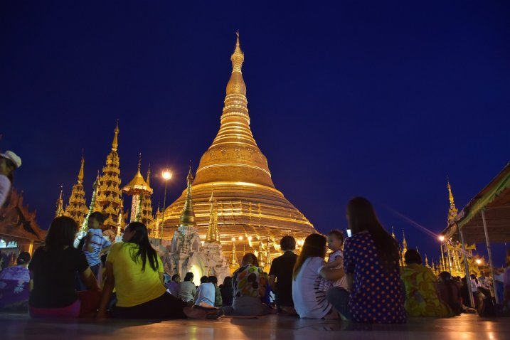 Pagode Shwedagon coucher soleil Yangon Bilan-Myanmar-Birmanie-blog-voyage-2016 7