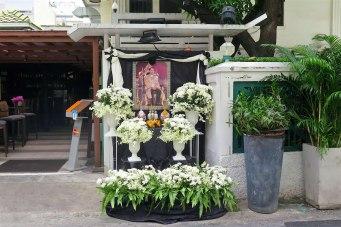 Hommage defunt roi Thailande Bangkok-fin-voyage-blog-voyage-2016 6