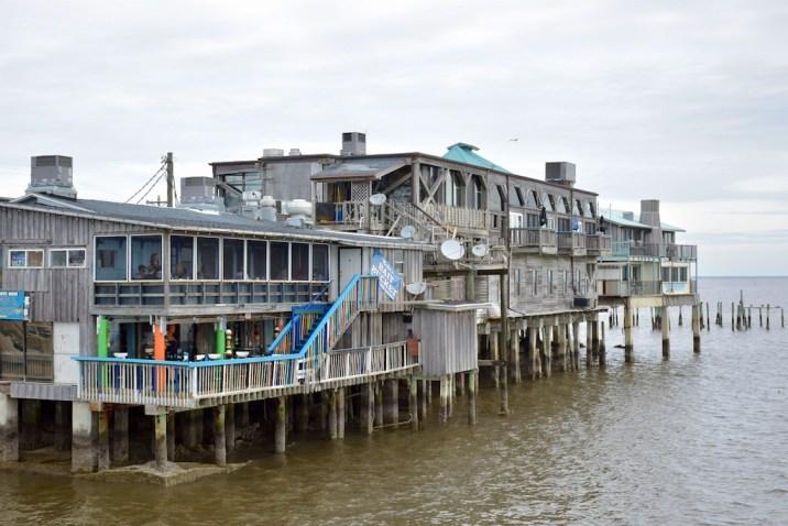 Les bars de front de mer de Cedar Key