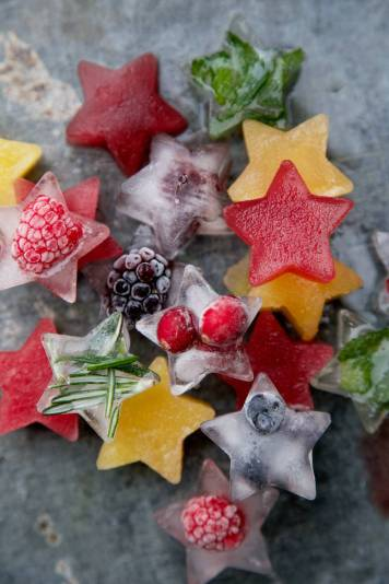 Festive Fruit Ice Cubes by Capture by Lucy Blog - For the Love of…Summer at www.elistonbutton.com - Eliston Button - That Crafty Kid – Art, Design, Craft & Adventure.