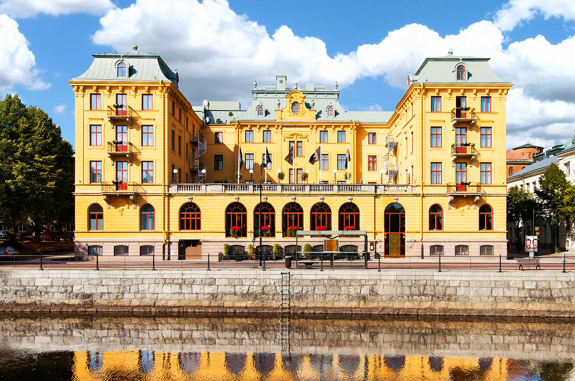 Grand Hotell Lund. Hotel In Lund With