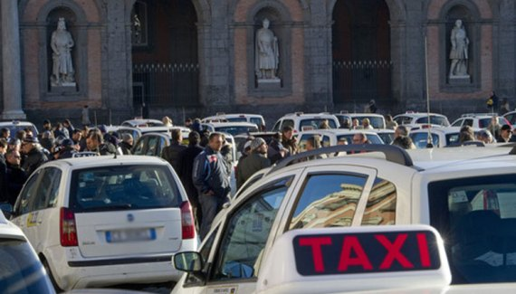 NCC e taxi: l'eterno scontro tra le due categorie
