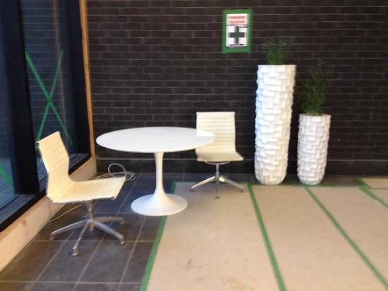 modern kitchen cart stacked stone backsplash 高档公寓出租
