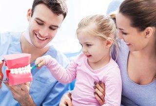 https://i0.wp.com/www.elitedental.cl/home/wp-content/uploads/2015/11/odontopediatria.jpg?fit=320%2C219