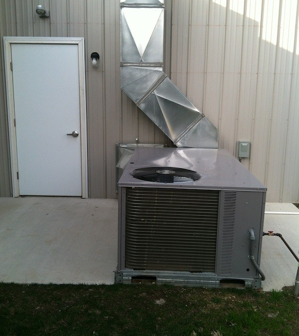 Commercial Package Unit Installation and Ductwork