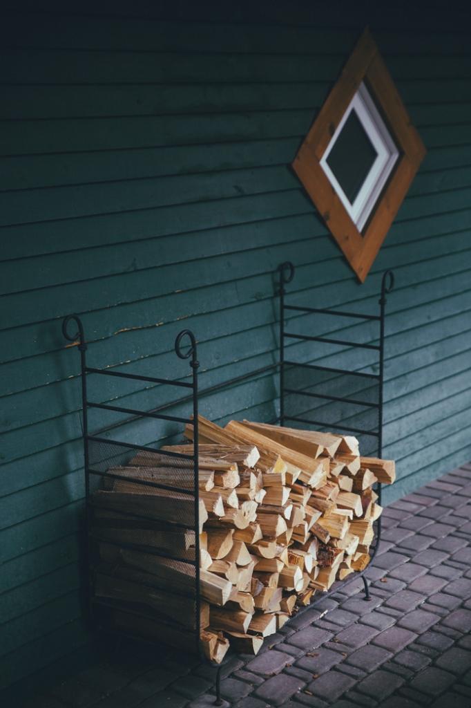 Buffalo Mountain Lodge Banff fireplace