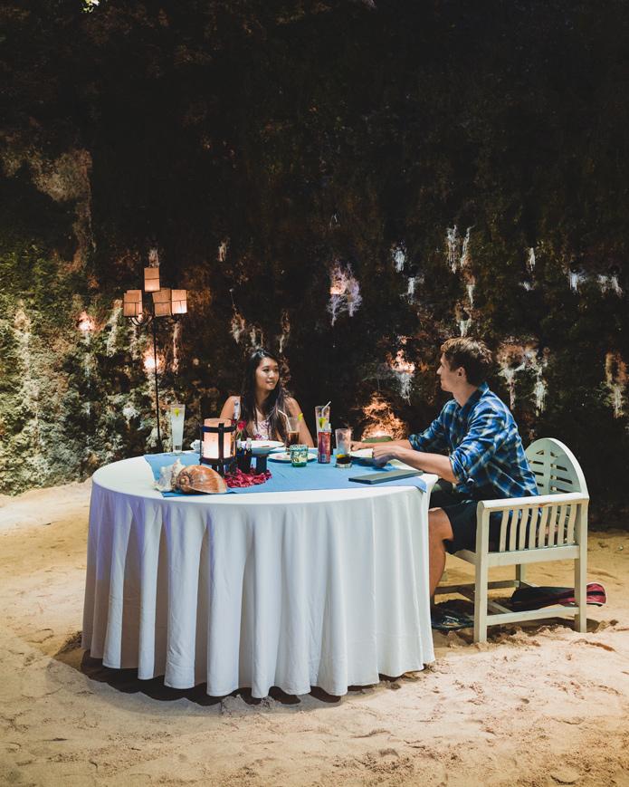 Samabe Hotel Cave dining nusa dua
