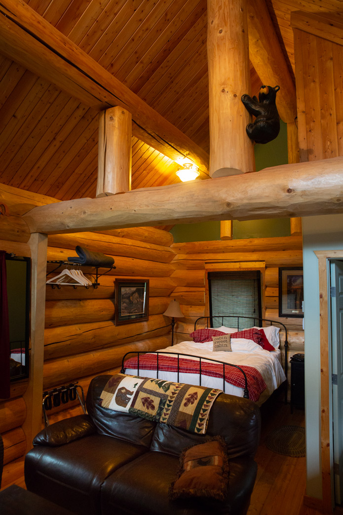Midnight sun cabin whitehorse