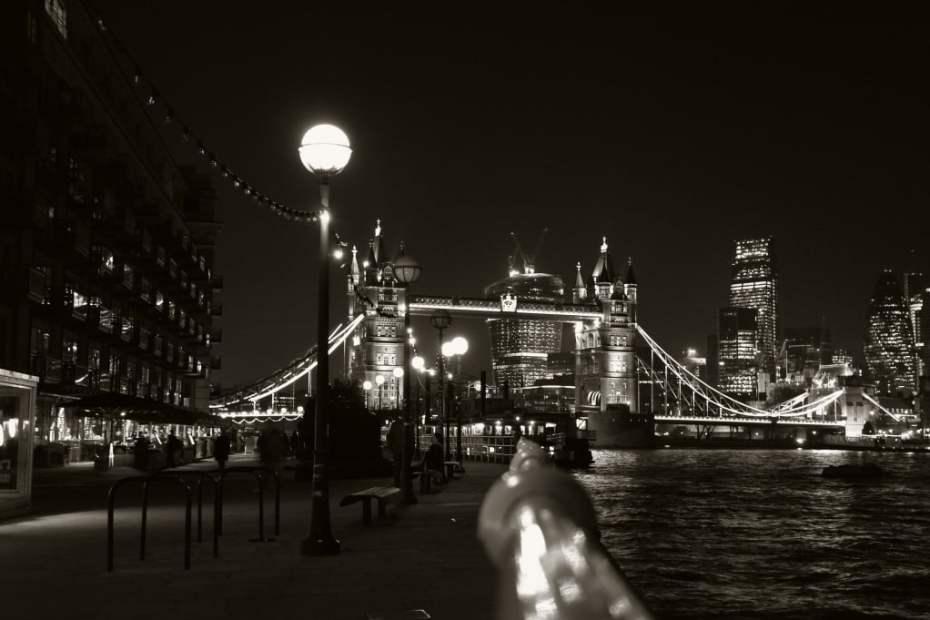 Tower Bridge – black and white