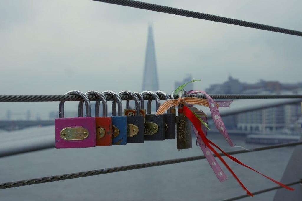 Love locks on Millennium Bridge, London (5)