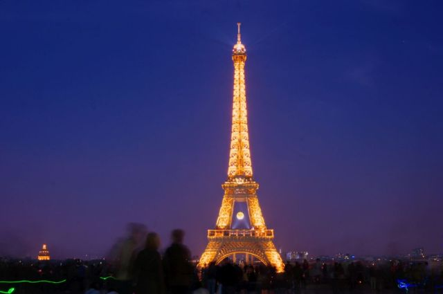 Eiffel Tower from Trocadero at night