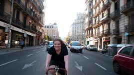 Cycle through Barcelona on a vintage bike!