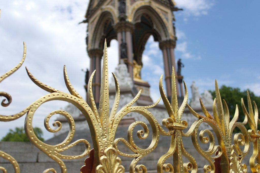 Gold gates Albert Memorial, Hyde Park