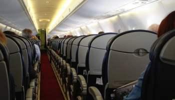 10205195114_453b8540c4_b_airplane-seats