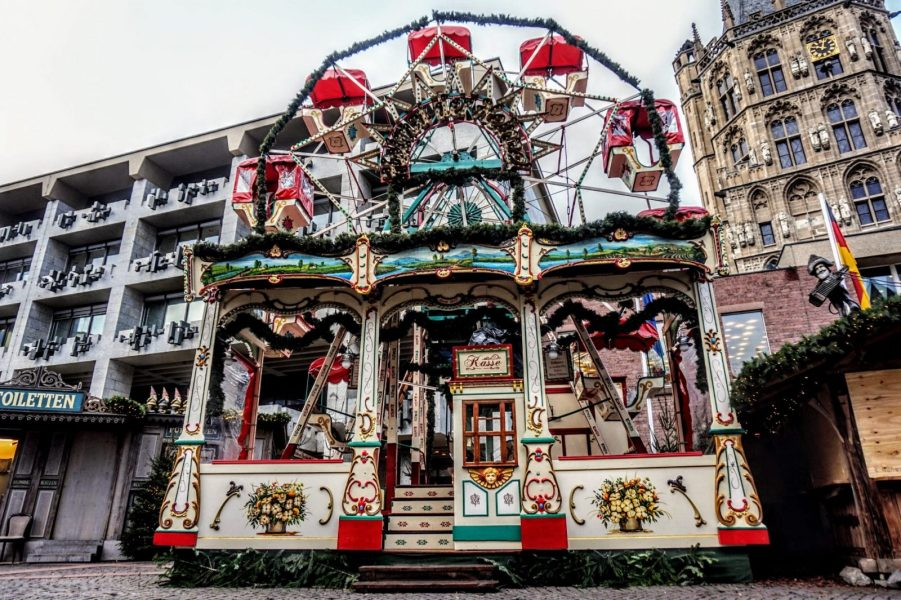 4 European Christmas Markets in 10 Days: Cologne, Bruges, Budapest and Vienna 1