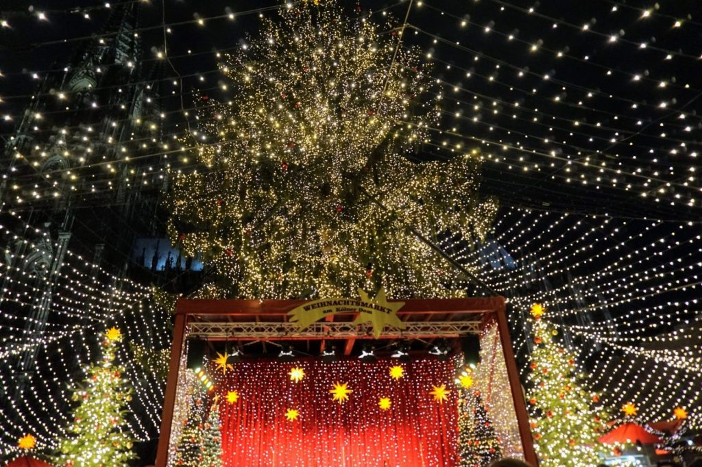 4 European Christmas Markets in 10 Days: Cologne, Bruges, Budapest and Vienna 7