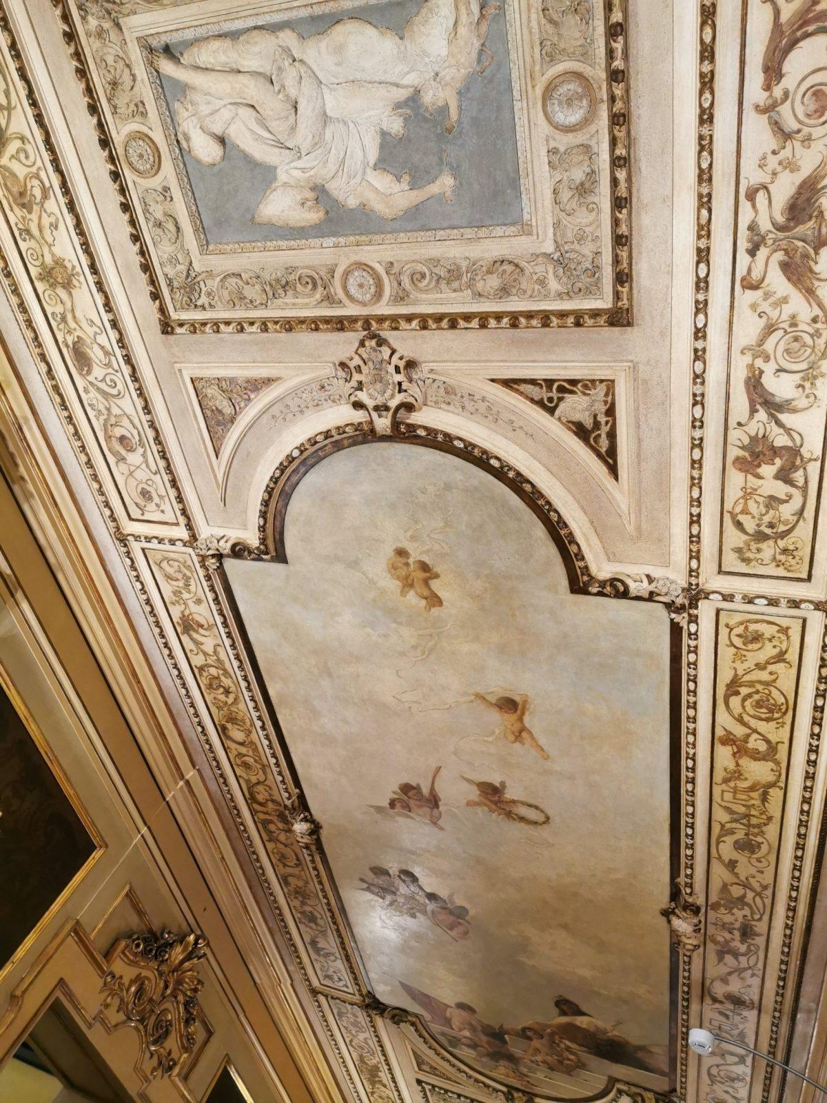 Caffe Florian ceiling