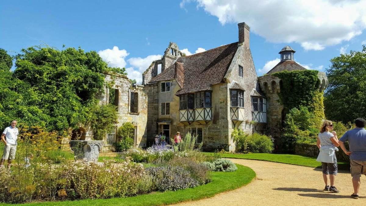 Scotney Castle: The Most Picturesque Castle in Kent? 1