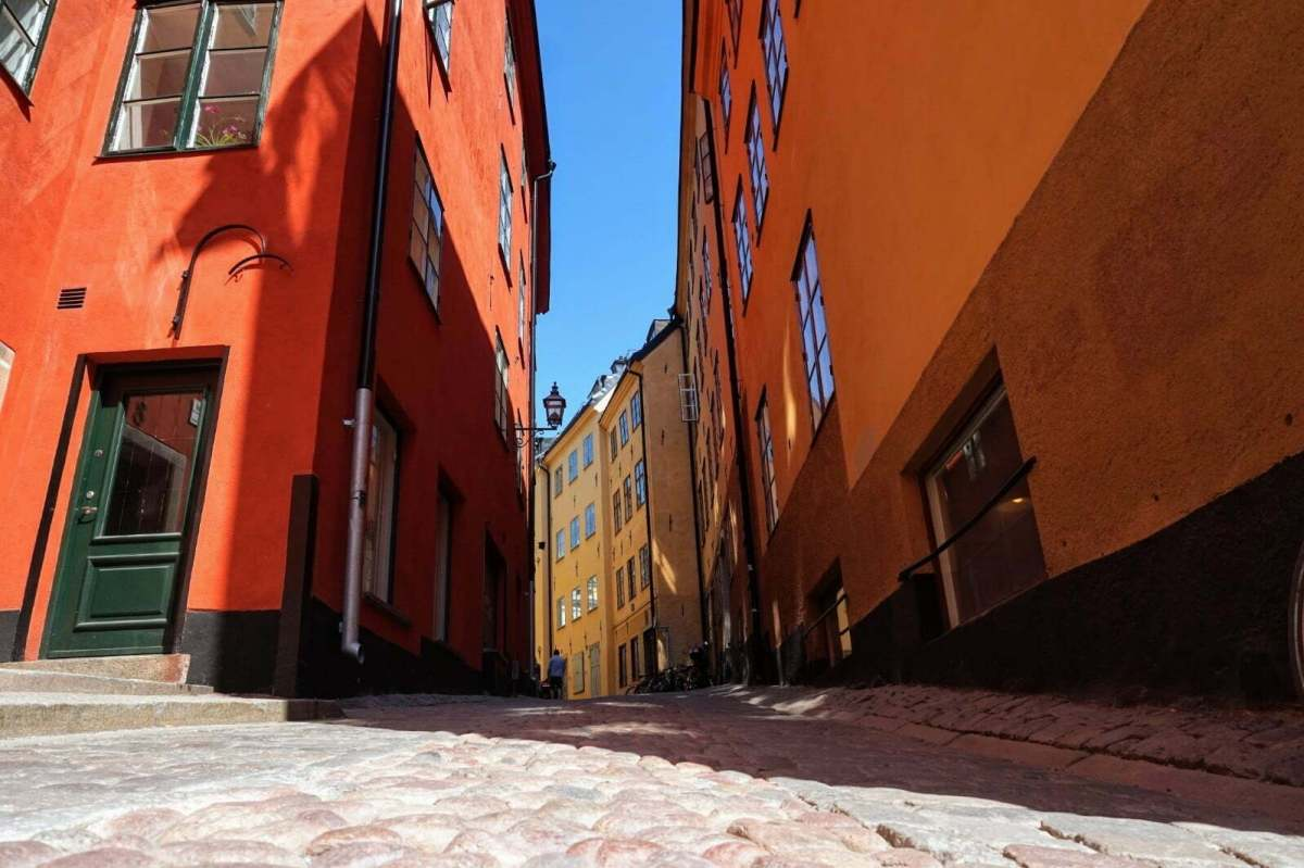 Colourful Houses & Narrow Streets of Gamla Stan, Stockholm 17