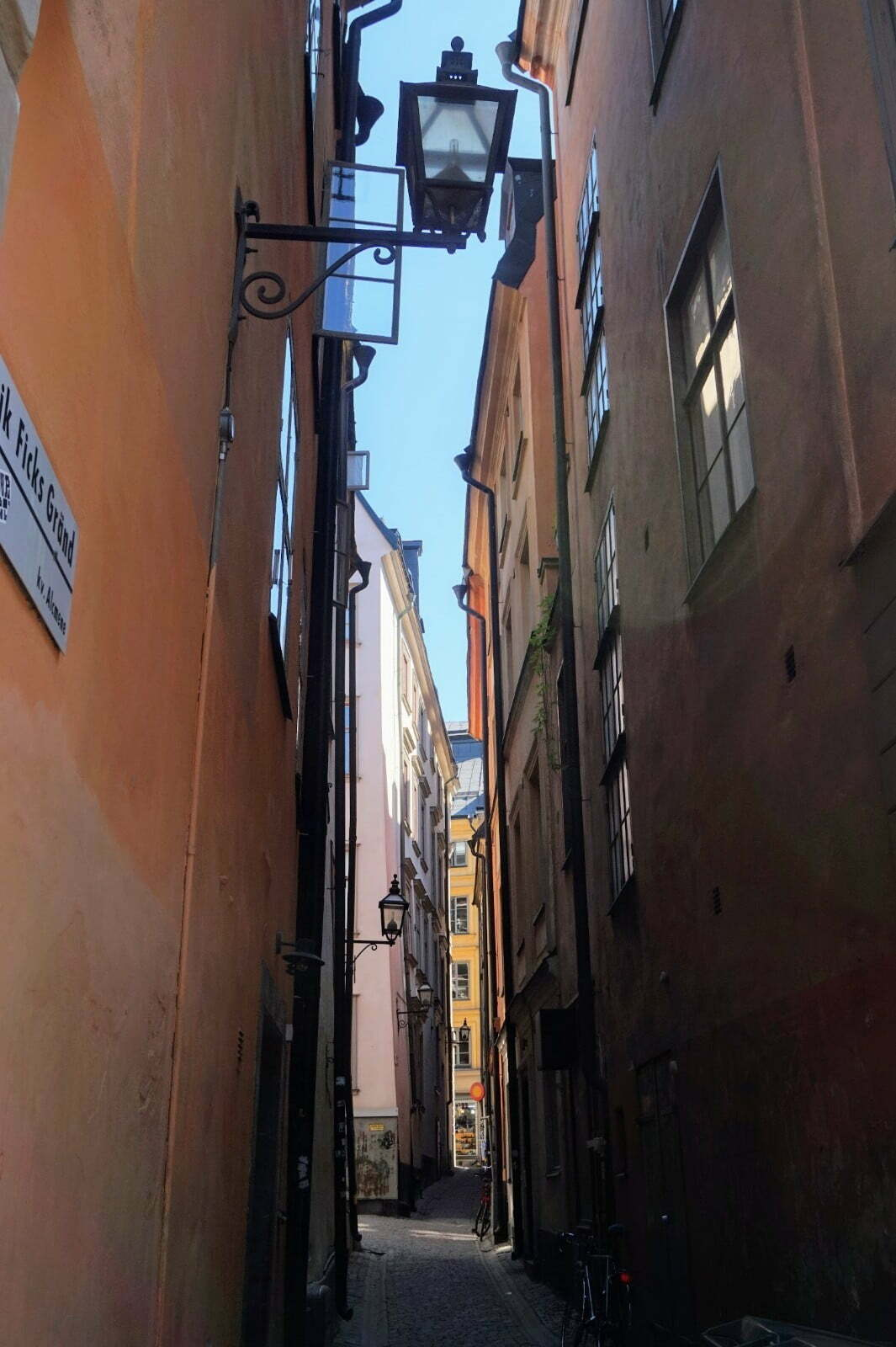 Colourful Houses & Narrow Streets of Gamla Stan, Stockholm 13