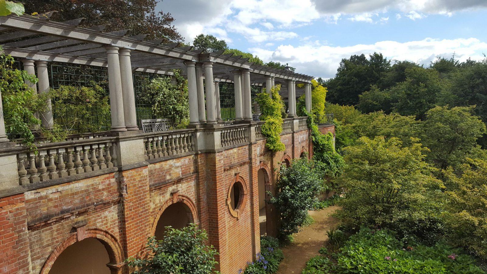 Visiting Hill Garden & Pergola, Hampstead Heath: Photo Gallery 14