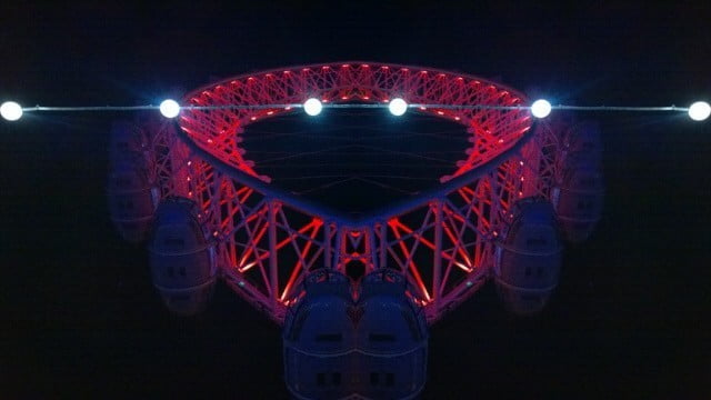 London Eye in Red & Lightbulbs 2