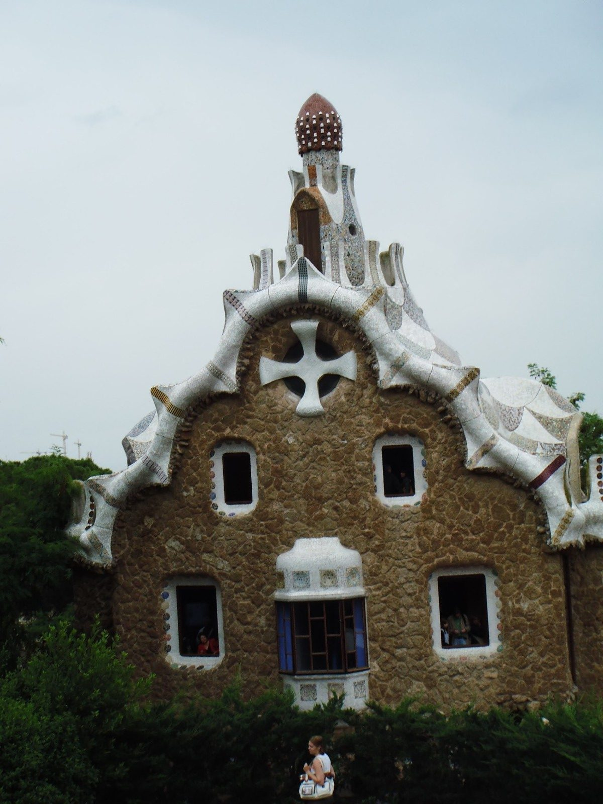 Gaudi's Gingerbread House in Parc Guell Looks Delicious 5