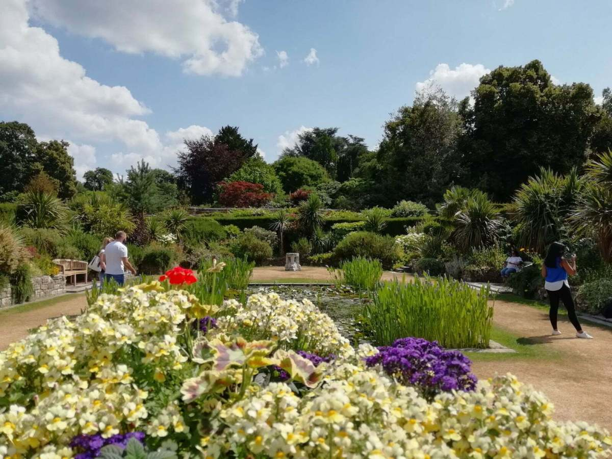 Best Things to See and Do at Hever Castle & Gardens: In Photos 14